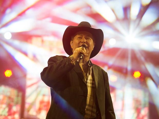 O cantor Milionário canta com Marciano no palco da Festa do Peão de Barretos (Foto: Érico Andrade/G1)
