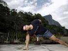 Pedro Lamin mostra aula de ioga e diz que prática combate a ansiedade