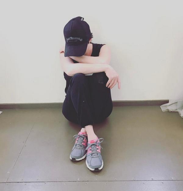 A foto compartilhada por Shannen Doherty anunciando a remissão de seu câncer (Foto: Instagram)