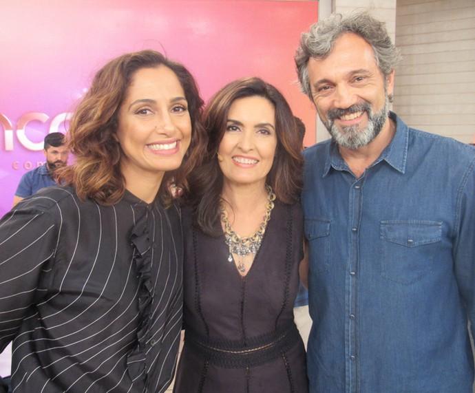 Camila Pitanga e Domingos Montagner participam do 'Encontro'  (Foto: Priscilla Massena/Gshow)