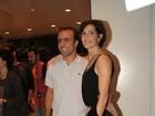 Deborah Secco e Roger prestigiam musical sobre Luiz Gonzaga