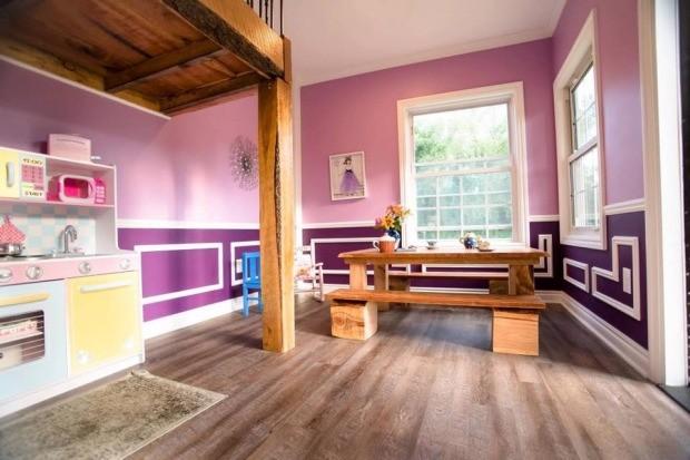 O interior da casa de outro ângulo (Foto: Reprodução - Facebook)