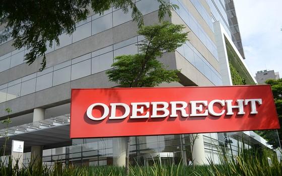 Resultado de imagem para Odebrecht pagou propina para Eunício, Maia, Jucá e Vieira Lima por MP, diz delator