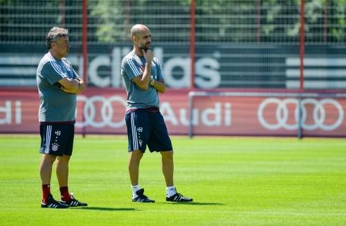 Foto (Foto: Guardiola mais uma vez comandará o Bayern na nova temporada - Matthias Merz/AP)