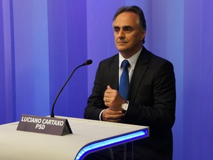 Luciano Cartaxo no debate da TV Cabo Branco, em João Pessoa (Foto: Daniel Sousa/G1)
