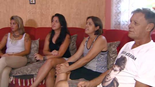 Mãe de Renan diz que mudou a rotina para ver 'BBB16': 'Acordo cedo e já ligo a televisão'