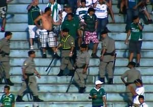 Confusão - Torcida do Goiás (Foto: Reprodução / PFC)