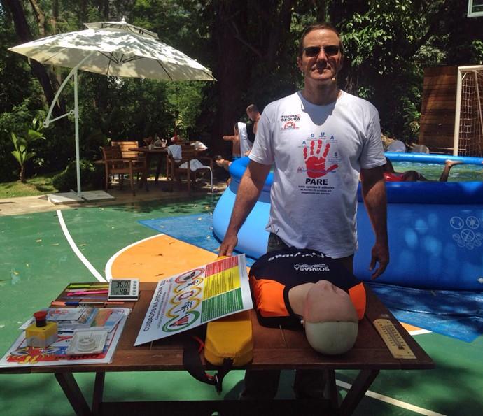 No 'É de casa', médico dá dicas para pais evitarem acidentes com crianças na piscina (Foto: Letícia Souza/Gshow)