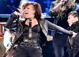 Demi Lovato diz que vai fazer pausa na carreira: 'Não vale a pena mais'