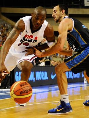 basquete Emanuel Ginobili e Kobe Bryant (Foto: Getty Images)