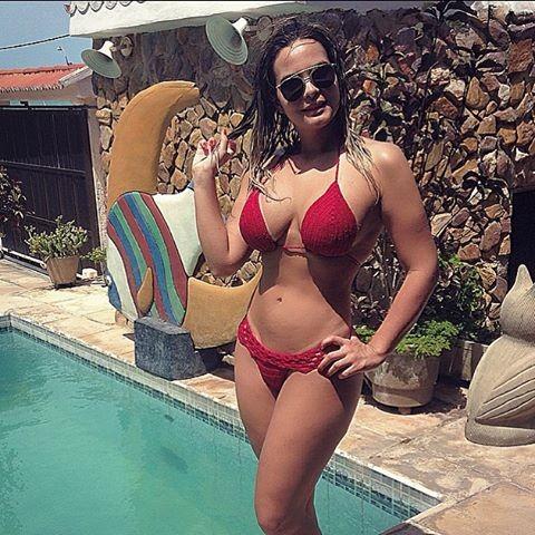 Novinha mostrando os pezinhos feet 36 brasil podo - 2 1