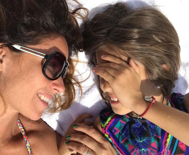 Giovanna Antonelli com a filha em Portugal (Foto: Instagram/Reprodução)