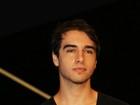 Sem Babi Rossi, Olin Batista vai a evento de música eletrônica