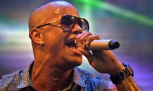 Ex-Parangolê, Léo Santana faz show nesta sexta em Brasília