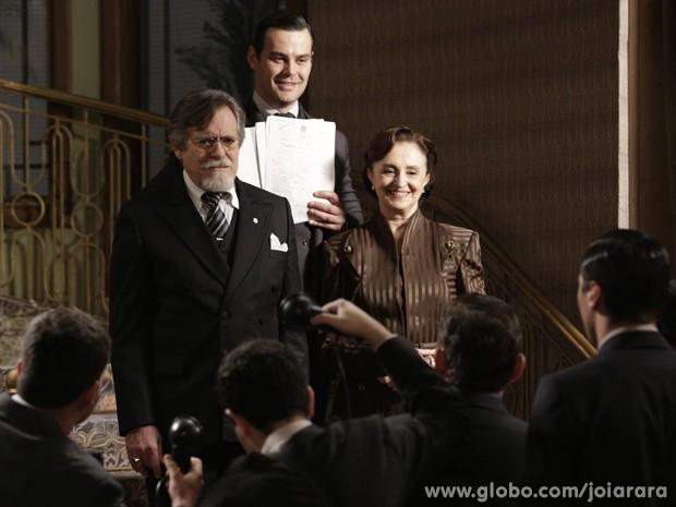 Manfred fica radiante e comemora reconhecimento (Foto: Fábio Rocha/TV Globo)