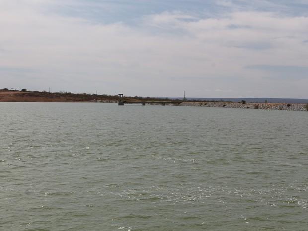 Lago Braúnas, eixo leste da Transposição do Rio São Francisco (Foto: Artur Lira/G1)