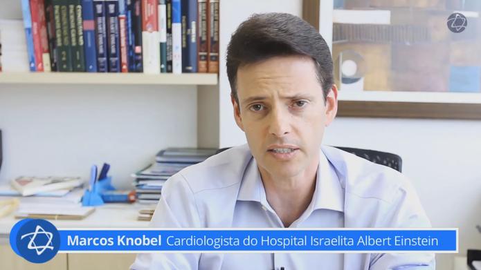 O cardiologista Marcos Knobel participa do projeto (Foto:Reprodução/Youtube)