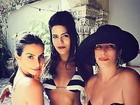 Cleo Pires, Antonia Morais e Glória Pires posam de biquíni