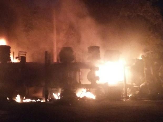 Acidente aconteceu no Km 448 da BR 222 (Foto: Divulgação/PRF-MA)