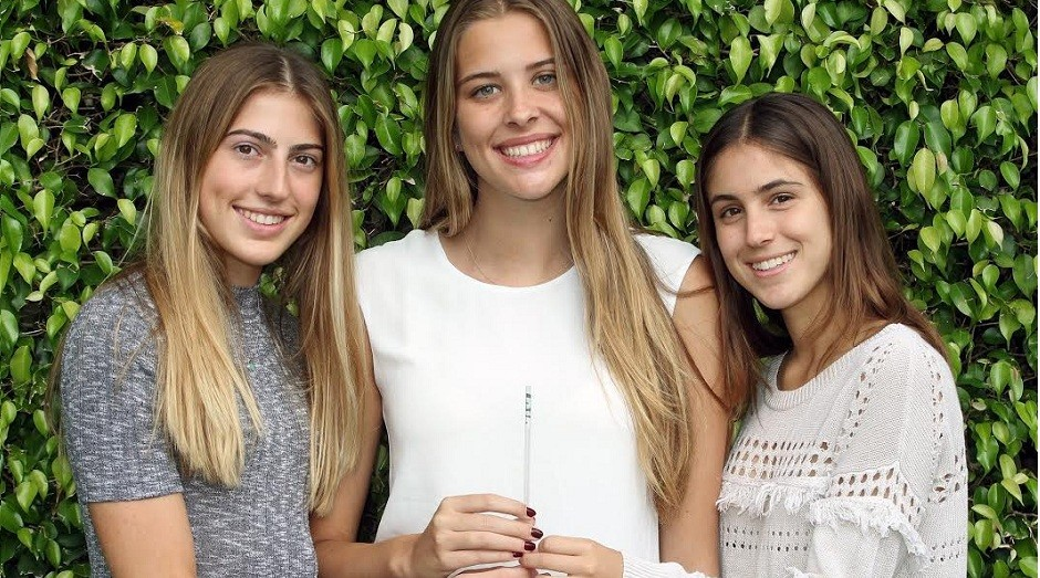 Carolina Baigorri, Susana Cappello e Victoria Roca criaram canudo inteligente (Foto: Divulgação/Smart Straw)