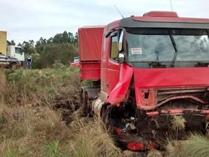 Acidente sobrinho de Felipão na BR-285 (Foto: Divulgação/Rádio Planalto)