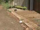 Bairro sem asfalto há 15 anos gera reclamações em Porto Ferreira, SP