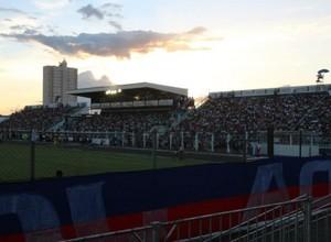 Meta da diretoria é ter casa cheia  (Foto: Divulgação/CA Penapolense)
