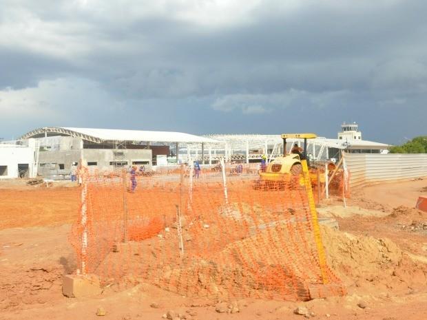 Estacionamento novo deve ser aberto em janeiro, prevê superintendente da Infraero (Foto: Ana Cláudia Guimarães / G1)