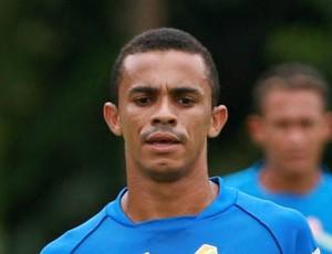 Aleilson foi decisivo e marcou dois gols para o Paragominas (Foto: Marcelo Seabra / O Liberal)