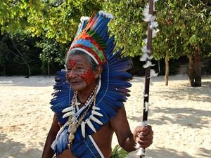 Pajé da tribo Dessana, localizada no Lago do Tupé, Zona Rural de Manaus (Foto: Indiara Bessa/G1 AM)