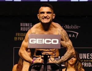 John Lineker Pesagem UFC 207 (Foto: Evelyn Rodrigues)