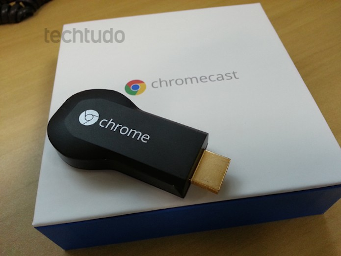 Chromecast, do Google (Foto: Allan Melo / TechTudo)