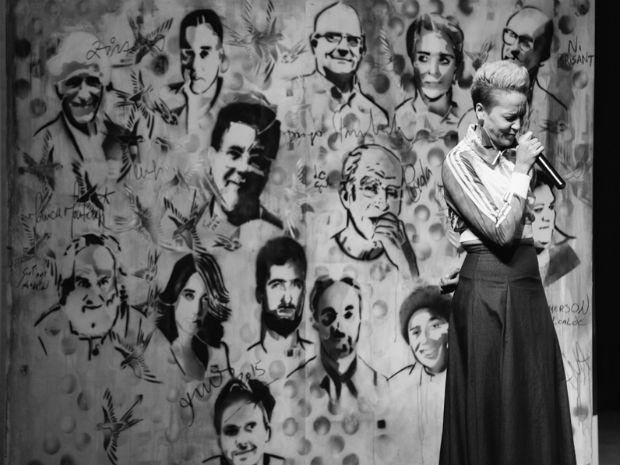 Roberta Estrela D´Alva, precursora do gênero, apresentou Slam Flipoços (Foto: Bruno Alves/Flipoços)