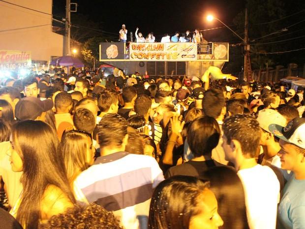 Batalha dos Confetes Barbacena 2016 (Foto: Prefeitura Barbacena/Divulgação)