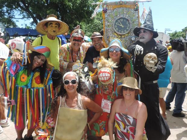 Amigos se encontram todos os anos no Bacalhau do Batata (Foto: Katherine Coutinho / G1)
