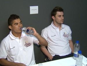 Gadeia e Diece são apresentados no Orlândia Futsal (Foto: Reprodução EPTV)