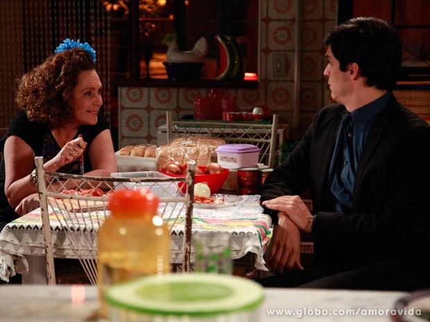 Márcia diz que Félix vai vender hot dog (Foto: Ellen Soares/ TV Globo)