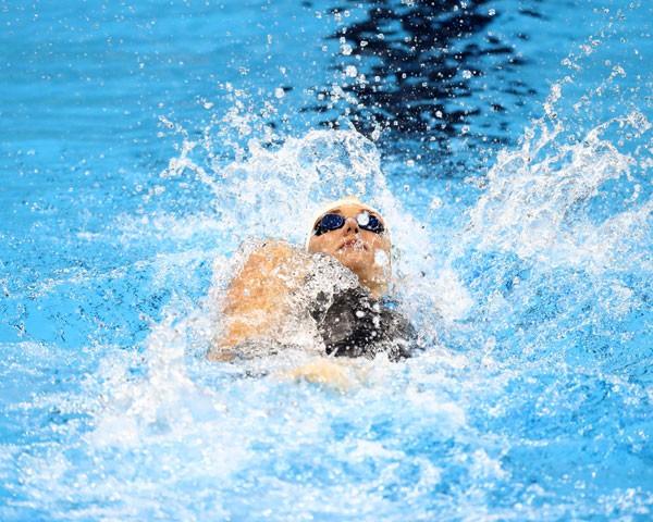 O cloro da natação é um vilão para a beleza (Foto: Getty Images)