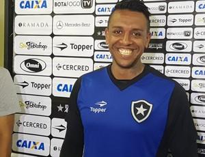 Sidão, goleiro do Botafogo (Foto: Marcelo Baltar/ GloboEsporte.com)