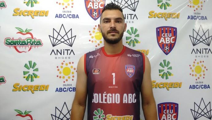 Marco Aurélio, goleiro, 27 anos (Foto: Hélder Rafael)