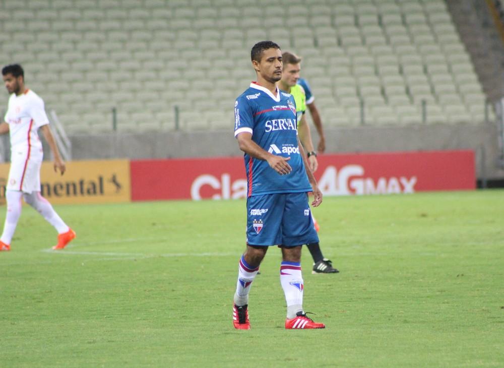 Juninho já fala como jogador do Náutico e projeta dupla com Anselmo