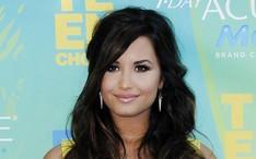 Fotos, vídeos e notícias de Demi Lovato