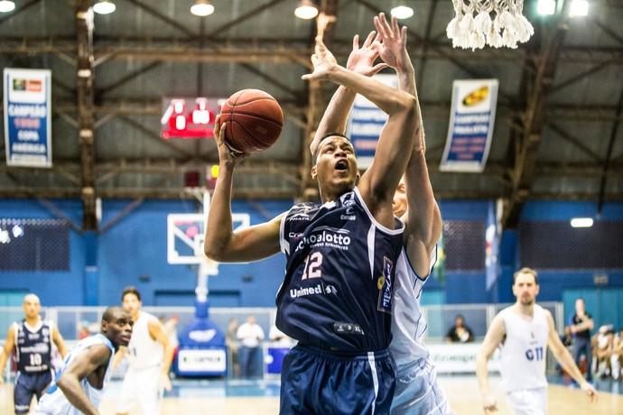 Rio Claro x Bauru Basquete, NBB 8, Wesley Sena (Foto: Caio Casagrande / Bauru Basket)