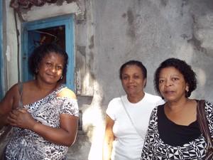Vanda da Paixão, Josineide Santos e Ana Maria da Silva, domésticas demitidas  (Foto: Lilian Quaino/G1)