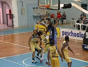 Bauru vence Vila Velha (Foto: Reprodução/TV Gazeta)