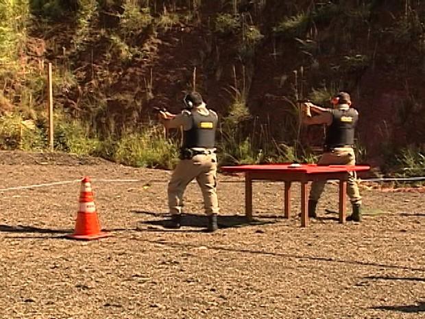 Torneio tiros Polícia Militar Araxá (Foto: Reprodução/TV Integração)