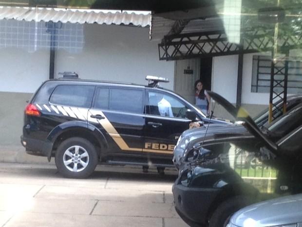 Três pessoas foram presas acusadas de fraudar INSS e seguro DPVAT (Foto: Gil Oliveira/ G1)