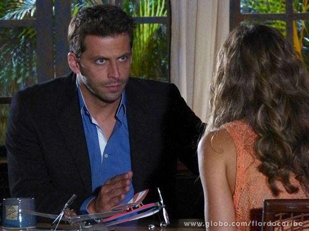 Cassiano promete resolver o problema (Foto: Flor do Caribe / TV Globo)