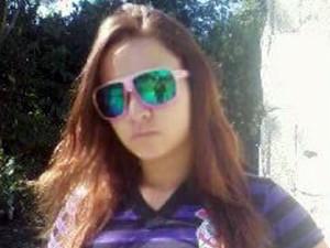 Jovem é encontrada degolada em praia de Itanhaém, no litoral de SP (Foto: Reprodução/TV Tribuna)