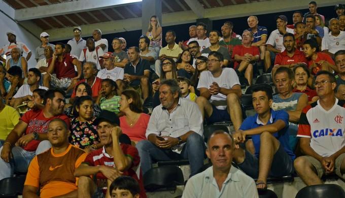 Torcida do Boa Esporte (Foto: Maria Cláudia Bonutti / EPTV)